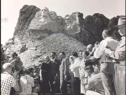Eva Marie Saint, Cary Grant,James Mason on location