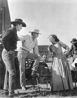 John Wayne, Howard Hawks, Joanne Dru.Red River