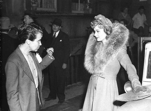 Director  Dorothy Arzner, Lucille Ball. DANCE GIRL DANCE