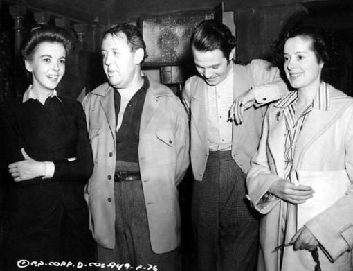 Ida Lupino,Louis Hayward and Elsa Lanchester and visitor. Charles Laughton. LADIES IN RETIREMENT