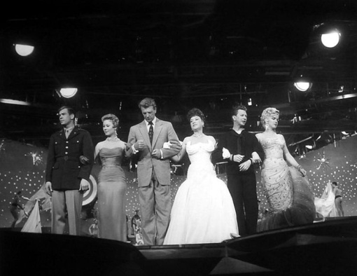 JOHNNY Ray,Mitzi Gaynor,Dan Dailey,Ethel Merman,Donald O'Connor, Marilyn Monroe. THERE'S NO BUSINESS LIKE SHOWBUSINESS.