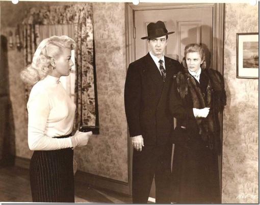 Shelley Winters,John Payne, Joan. Caulfield