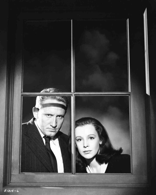 Spencer Tracy,Signe Hasso. THE SEVENTH CROSS