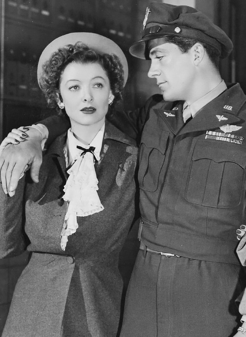 Myrna Loy, Dana Andrews. THE BEST YEARS OF OUR LIVES