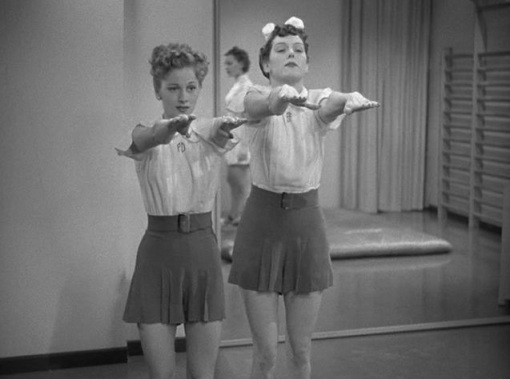 Joan Fontaine,Rosalind Russell