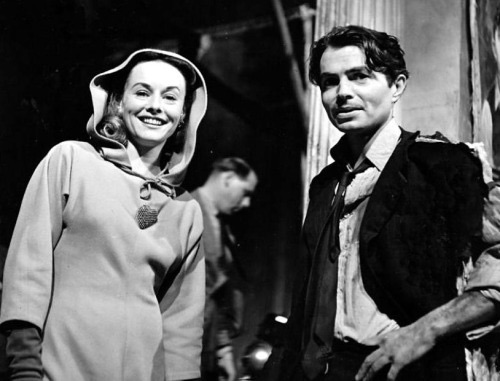 Paulette Goddard visits James Mason on ODD MAN OUT