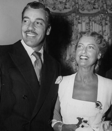 Cesar Romero,Jeanette  MacDonald