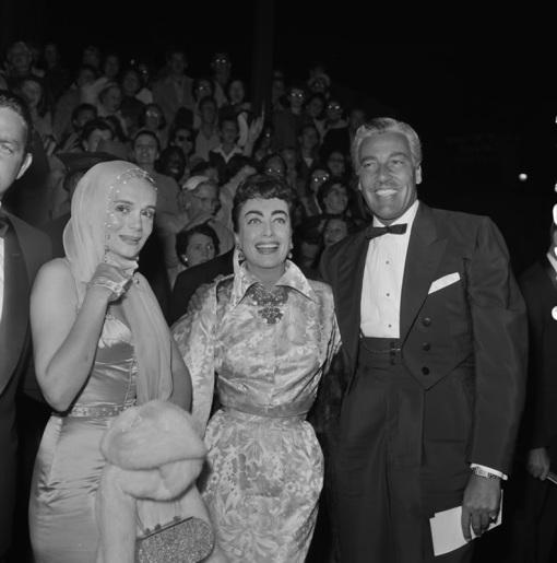 Marie Wilson,Joan Crawford,Cesar Romero