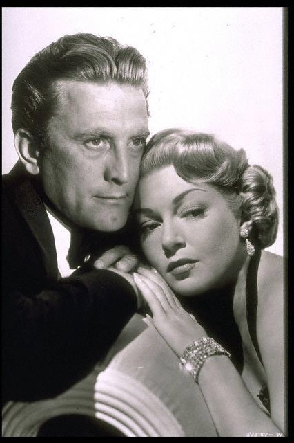 Kirk Douglas,Lana Turner.THE BAD AND THE BEAUTIFUL