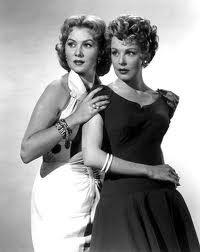 Rhonda Fleming,Arlene Dahl.SLIGHTLY SCARLET