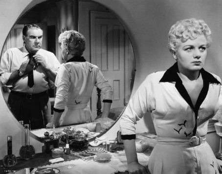Paul Douglas,Shelley Winters
