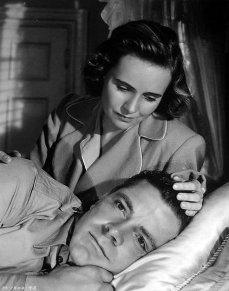 Teresa Wright,Dana Andrews.