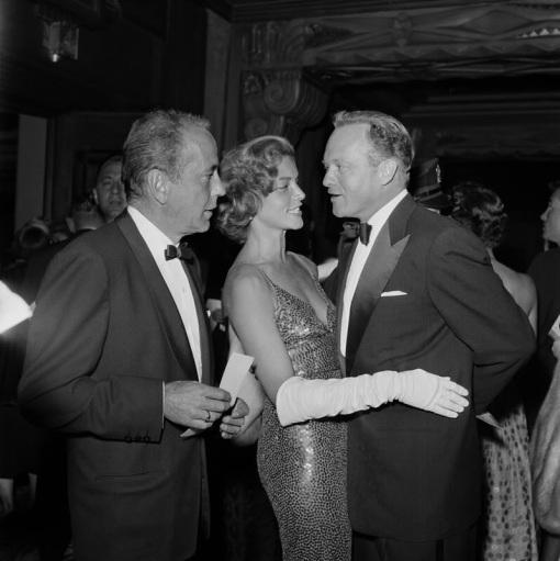Humphrey Bogart, Lauren Bacall,Van Heflin