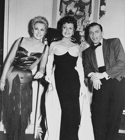 Kim Novak,Rita Hayworth,Frank Sinatra