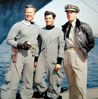 Van Johnson,Dewey Martin,Walter Pidgeon