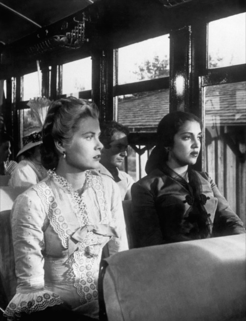 Grace Kelly, Katy Jurado