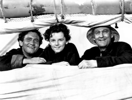 Spencer Tracy, Freddie Bartholmew,Lionel abarrymore. CAPTAINS COURAGEOUS