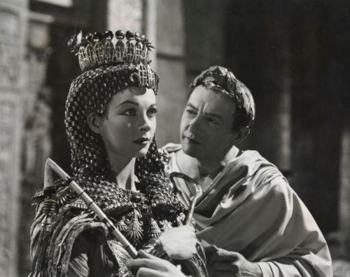 Vivien Leigh,Claude Rains.